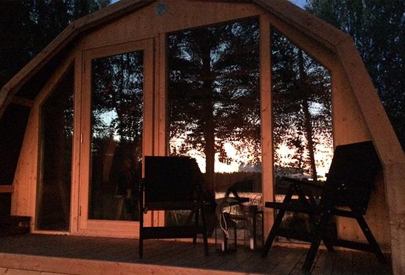 Camp Land -luksustelttojen varustustukseen vaikuttaa teltan käyttötarkoitus ja sijoituspaikka.
